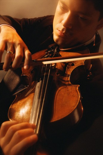 Man playing violin : Stock Photo