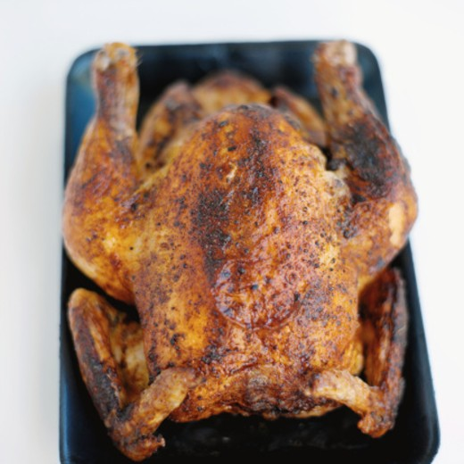 Close-up of roost chicken : Stock Photo