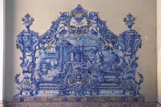 Stock Photo: 1491R-1149401 Portuguese pattern tile work