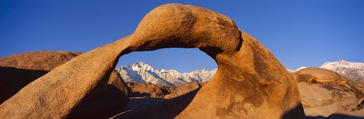 USA, California, Mount Whitney framed through Alabama Hills Arch in Alabama Hills near Lone Pine : Stock Photo