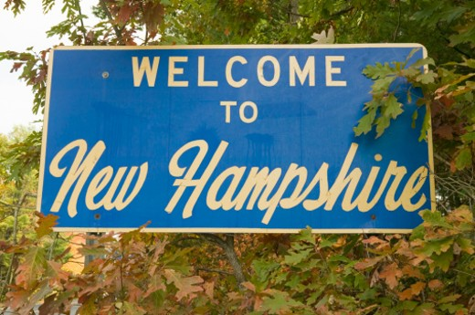 Welcome to New Hampshire state road sign : Stock Photo
