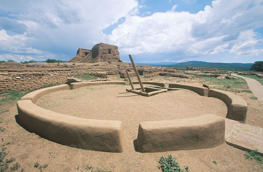 Stock Photo: 1491R-1159148 USA, New Mexico, Pecos National Historical Park, Kiva and Pueblo Ceremonial Room