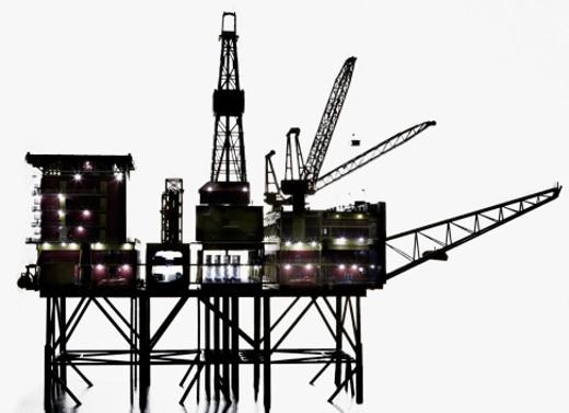 Stock Photo: 1491R-1164547 Still life of oil rig, studio shot