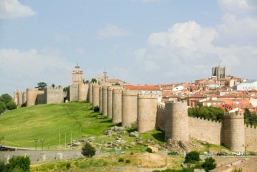 Spain, Castile and Le=n, Avila, fortified city walls : Stock Photo