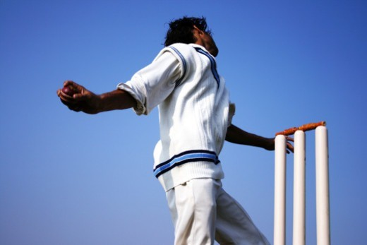 Low angle view of a bowler : Stock Photo