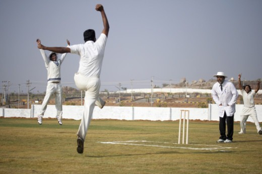 Stock Photo: 1491R-1185381 Bowlers and fielders appealing to the umpire