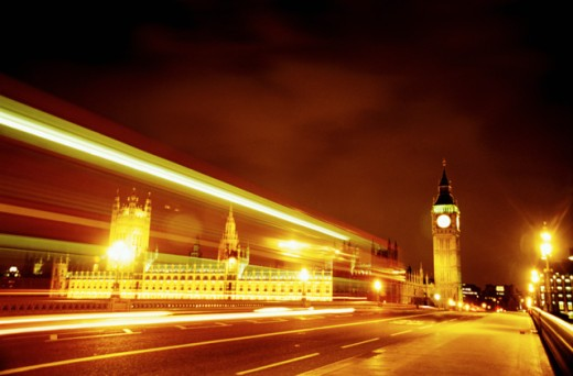 Nighttime view of Buckingham Palace and Big Ben, London : Stock Photo