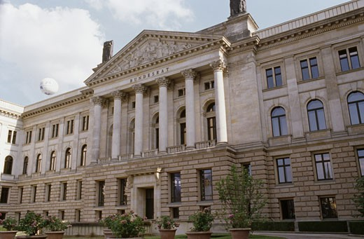 Stock Photo: 1495-485 Facade of a government building, Reichstag, Berlin, Germany