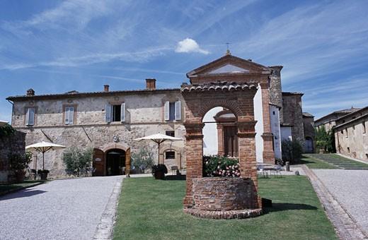 Facade of a hotel, Locanda dell'Amorosa, Sinalunga, Tuscany, Italy : Stock Photo