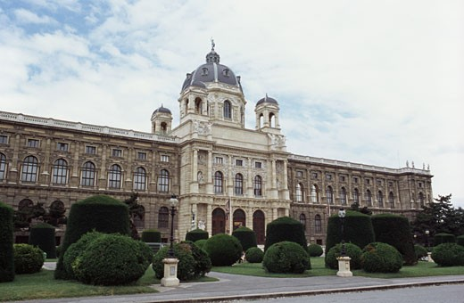 Stock Photo: 1495-538 Facade of a museum, Museum of Fine Arts, Vienna, Austria