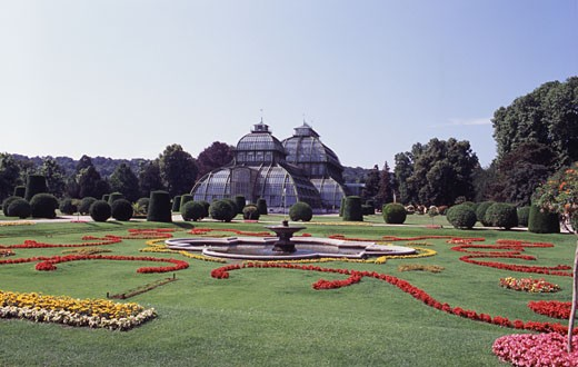 Stock Photo: 1495-601 Garden in front of a greenhouse, Palm House, Schonbrunn Palace, Vienna, Austria