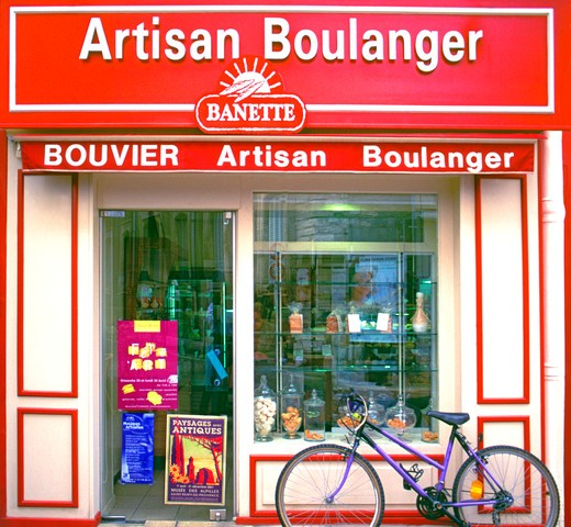 Stock Photo: 1495-780 France, Provence, Avignon, Artisan Boulanger, Bakery