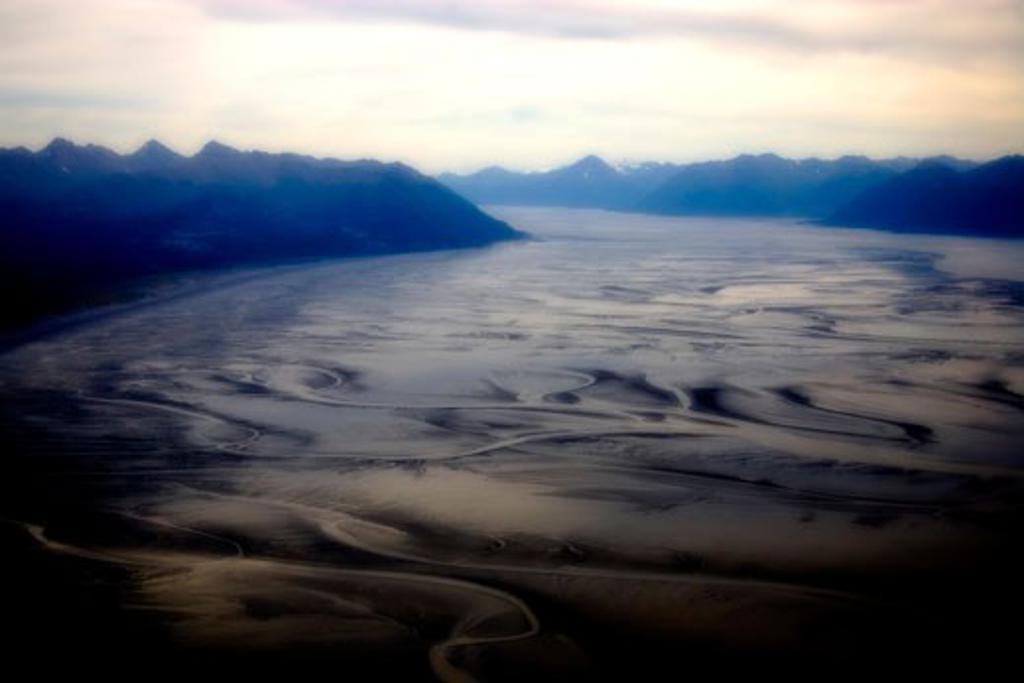 Stock Photo: 1522-270A Mountain range along a riverbed, Alaska, USA