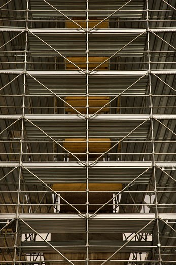 Stock Photo: 1525R-102162 Scaffolding around structure in Rome, Italy.