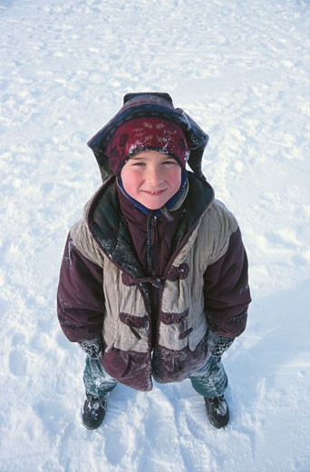 Stock Photo: 1525R-11483 Boy in snow 0003