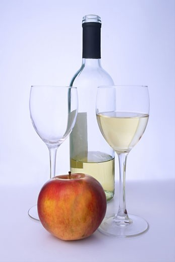 Stock Photo: 1525R-117930 A glass of qulity white wine.