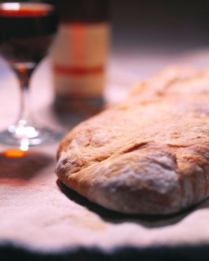 Stock Photo: 1525R-12040 Bread and Wine