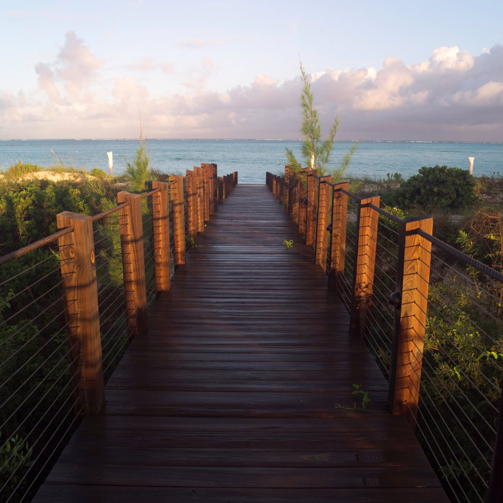 Stock Photo: 1525R-189246 Boardwalk at Parrot Cay