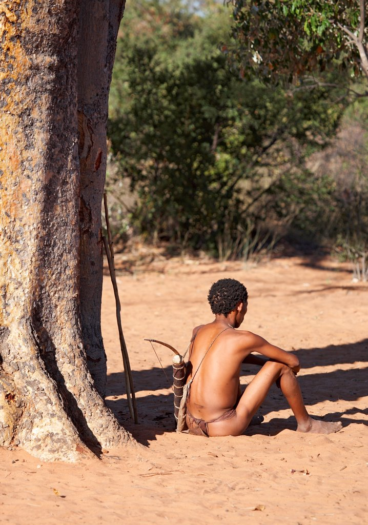 Stock Photo: 1525R-202242 Bushman hunter, Kalahari Desert, Namibia