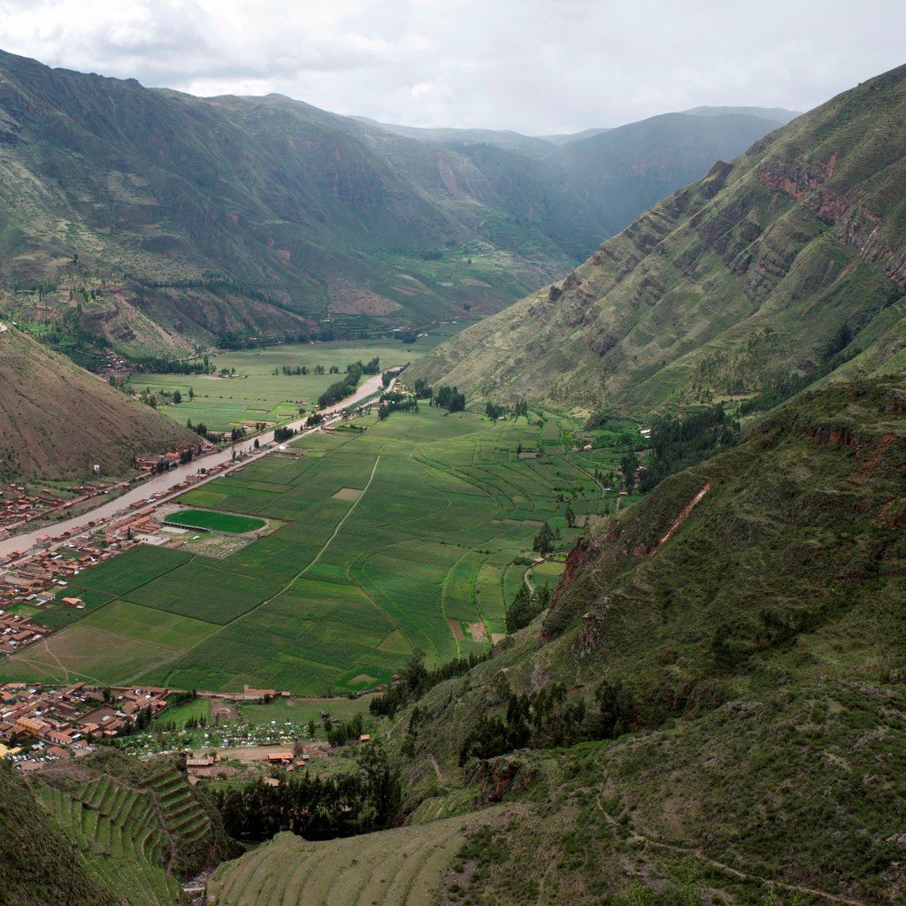 High angle view of a village in Pisac, Sacred Valley, Cusco Region, Peru : Stock Photo