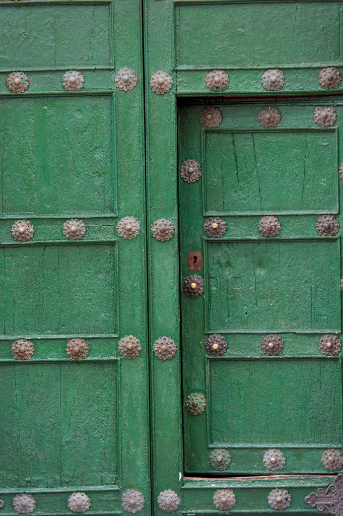 Stock Photo: 1525R-207732 Details of a door in Plaza De Las Nazarenas, Cuzco, Peru