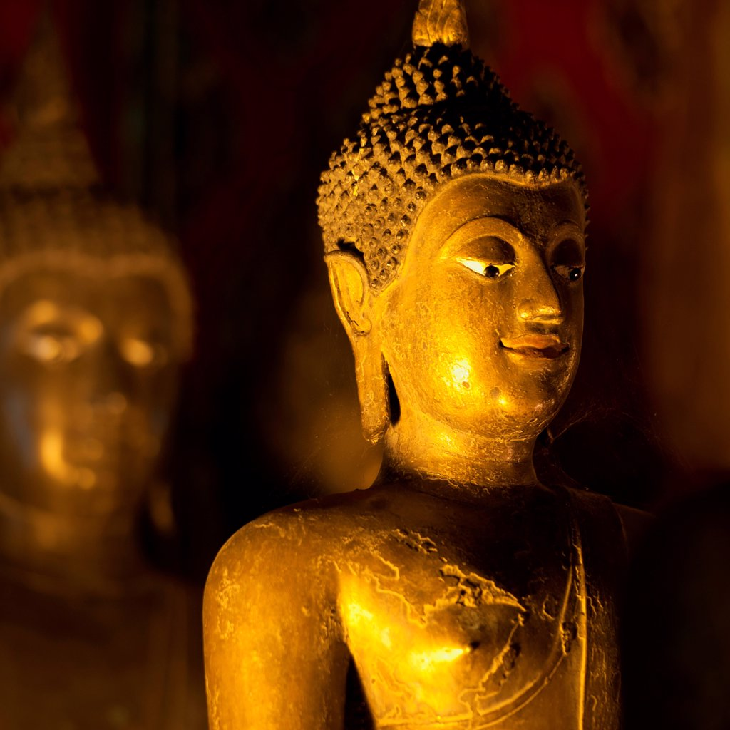 Stock Photo: 1525R-208101 Golden statue of Buddha at Wat Phra Singh, Chiang Mai, Thailand