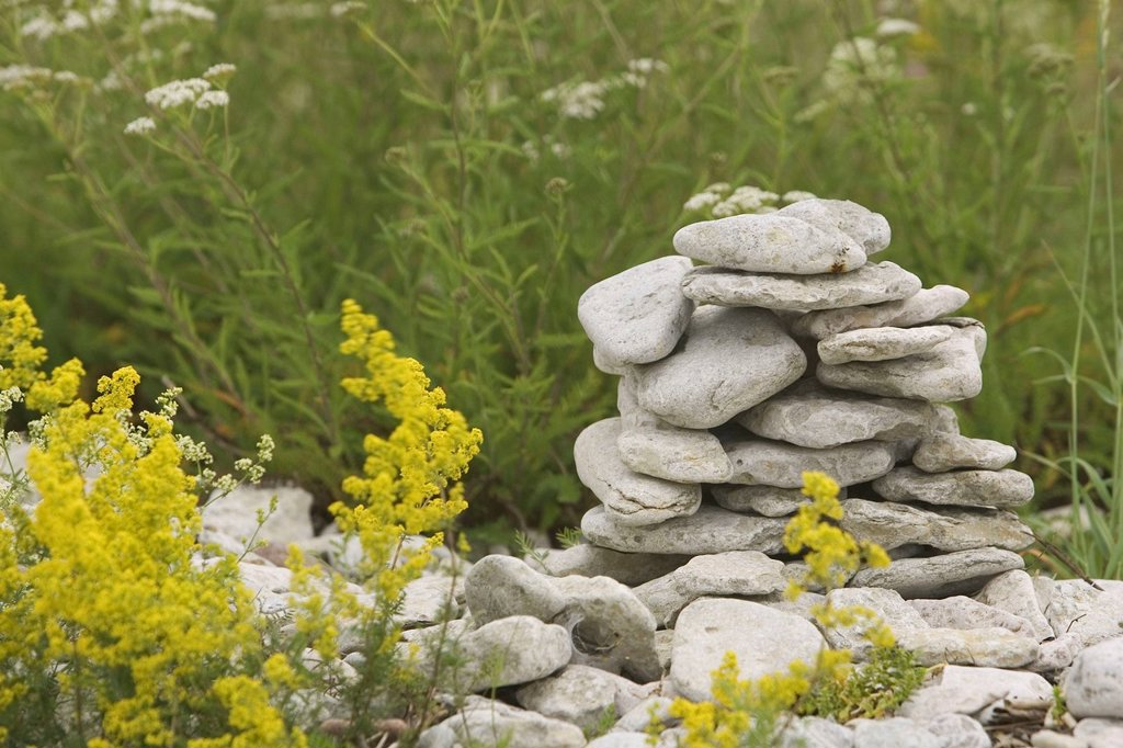 Stock Photo: 1525R-222393 Stone tower