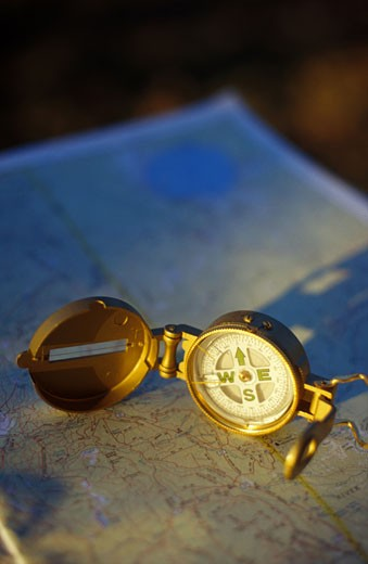 Stock Photo: 1525R-42354 Map and Compass