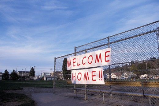 Stock Photo: 1525R-44424 Welcome Home Sign