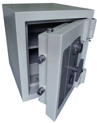 Stock Photo: 1525R-5091 security safe.