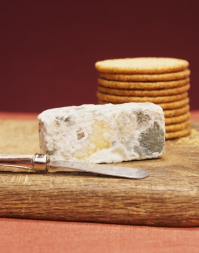Knife, Stilton and Crackers, Still Life : Stock Photo