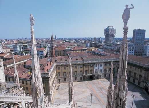 Stock Photo: 1527R-05283 Cityscape From the Roof of the Duomo, Milan, Italy