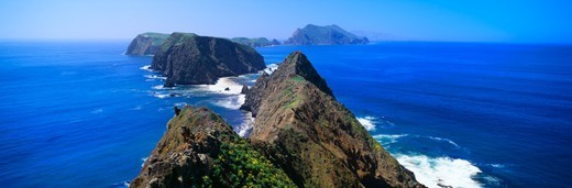 'Spring at Anacapa Island, Channel Islands National Park, Ventura, California' : Stock Photo