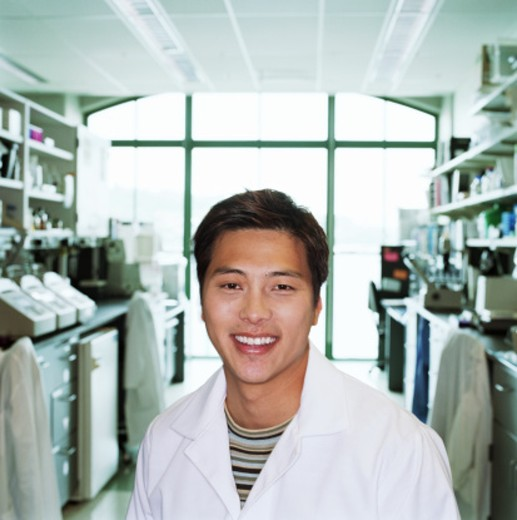Stock Photo: 1527R-1147302 Research scientist in laboratory smiling, portrait