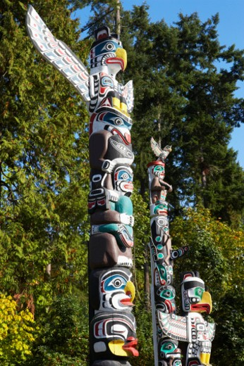 Canada, Vancouver, Totem poles at Stanley Park : Stock Photo