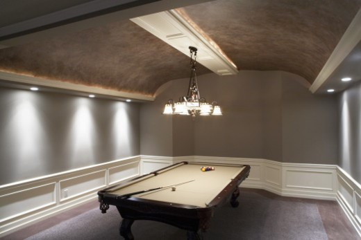 Stock Photo: 1527R-1186712 Pool table in contemporary home