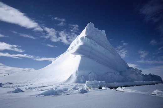Stock Photo: 1527R-1210394 Iceberg, Baffin Island, Canada