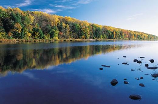 Stock Photo: 1527R-303077 Delaware Water Gap, Pennsylvania, USA