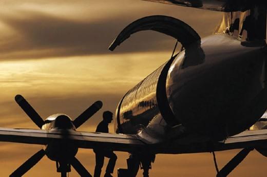 Stock Photo: 1527R-405098 Passenger Boarding Jet