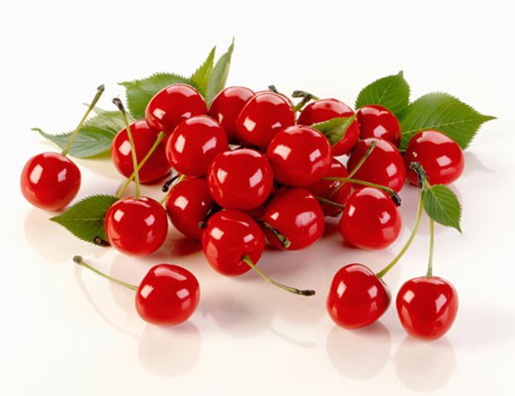 Stock Photo: 1532R-10375 Several cherries