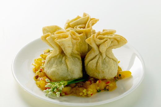 Stock Photo: 1532R-17800 Wontons with mango chutney