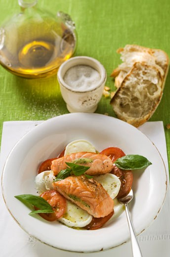 Stock Photo: 1532R-20554 Tomatoes with mozzarella, salmon and basil