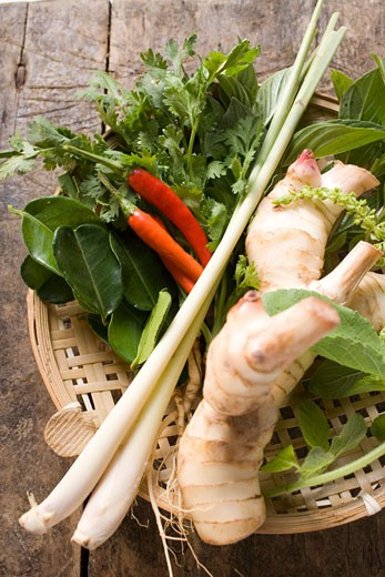 Stock Photo: 1532R-21561 Fresh Thai herbs and spices in basket