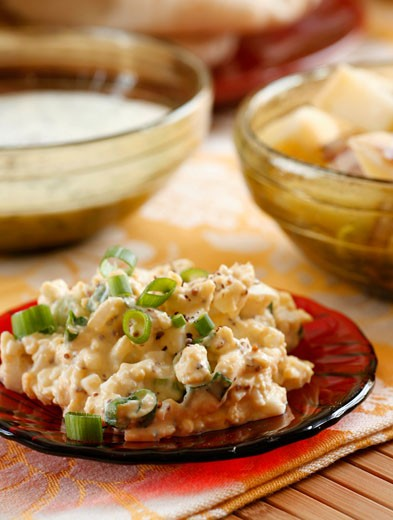 Stock Photo: 1532R-22936 Egg salad with spring onions