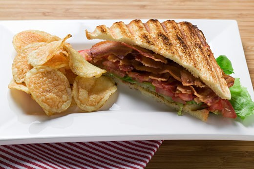 Stock Photo: 1532R-24644 BLT sandwich, toasted, with crisps