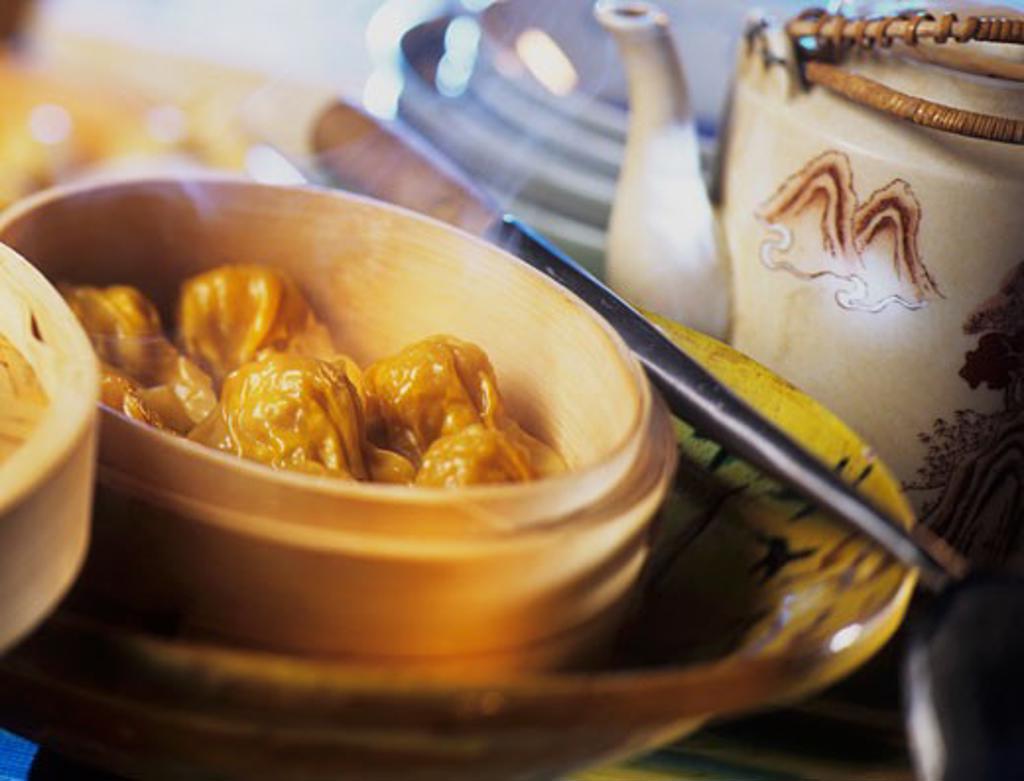 Deep-fried wontons : Stock Photo