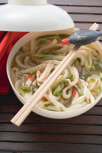 Stock Photo: 1532R-41792 Spicy noodle soup with chicken and soy sauce (Asia)