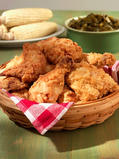 Stock Photo: 1532R-42470 Fried Chicken with Corn and Collard Greens