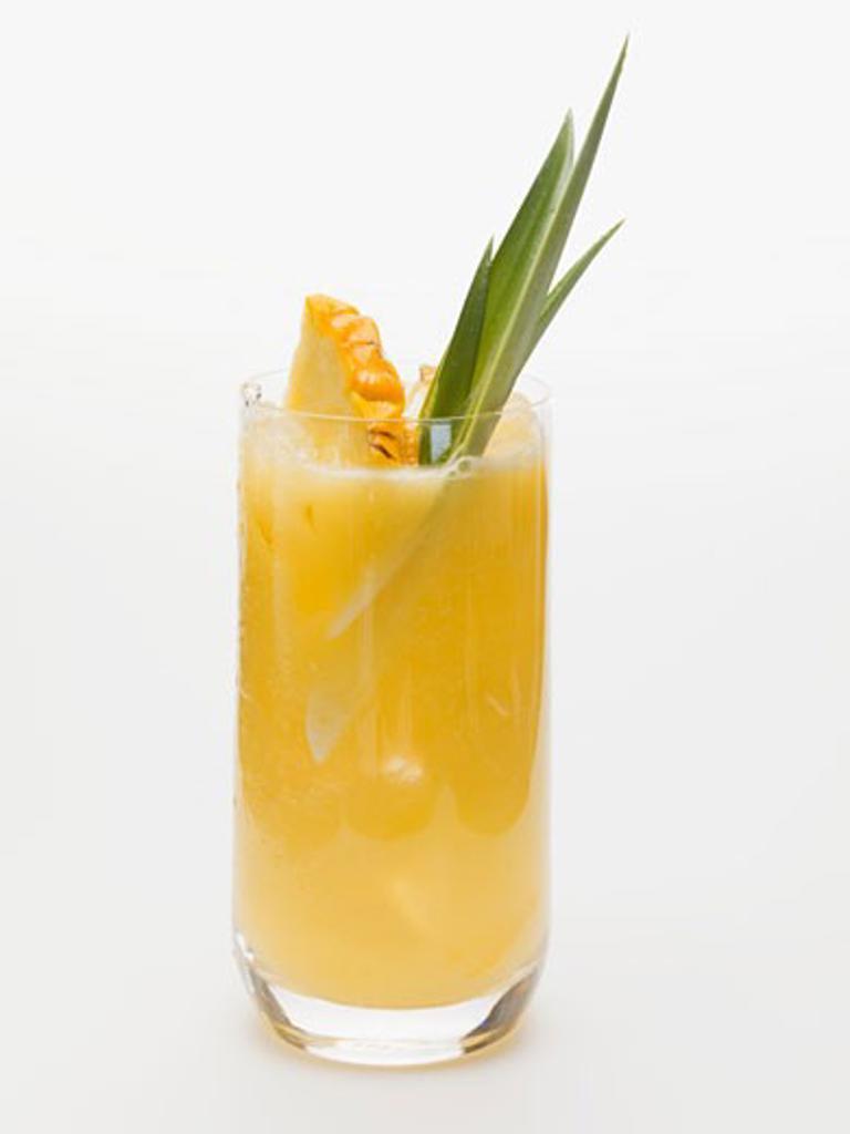 Stock Photo: 1532R-48455 Pineapple drink