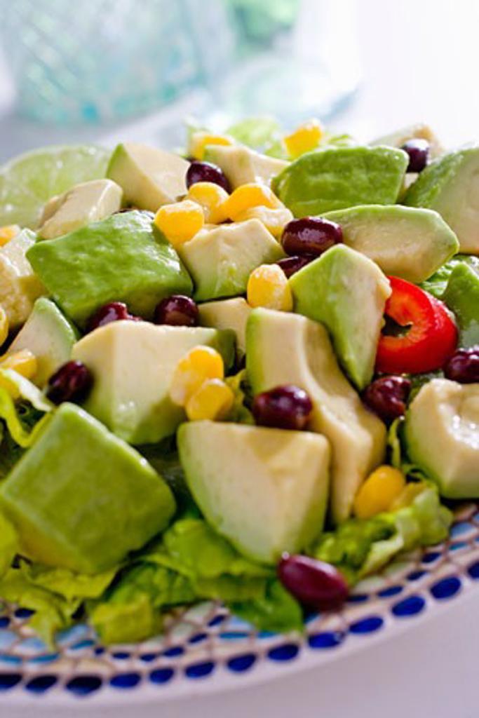 Stock Photo: 1532R-52850 Fresh Avocado Salad